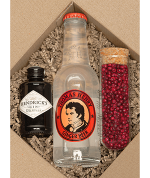 Hendrick's Spicy Mini Gin Box rózsaborssal
