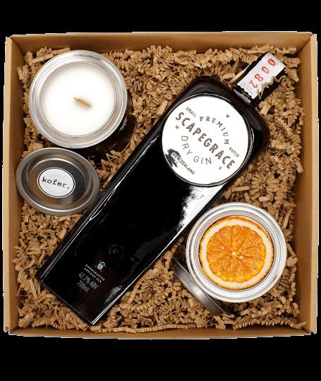 Scapegrace gin box szárított naranccsal és gyertyával